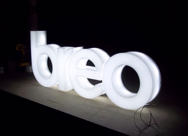 Sign makers LED illuminted signs for breo